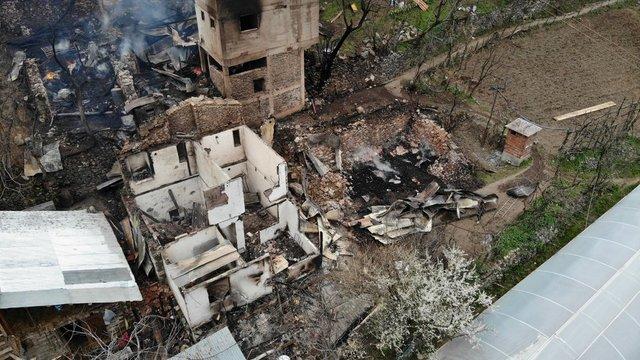 Artvin'deki yangın faciası gün ağarınca belli oldu