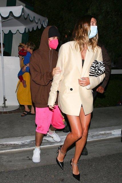 Justin Bieber: Eşimin etek altı fotoğraflarını mı çekiyorsunuz! - Magazin haberleri