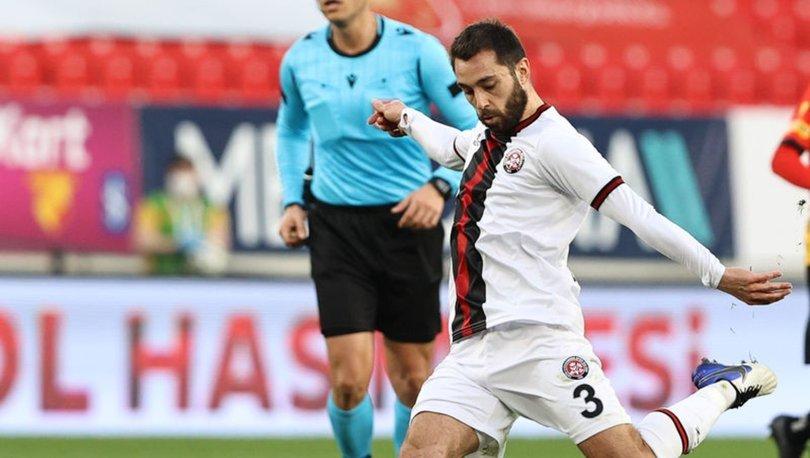 Fatih Karagümrük, futbolcu Alparslan Erdem'in ameliyat edileceğini açıkladı