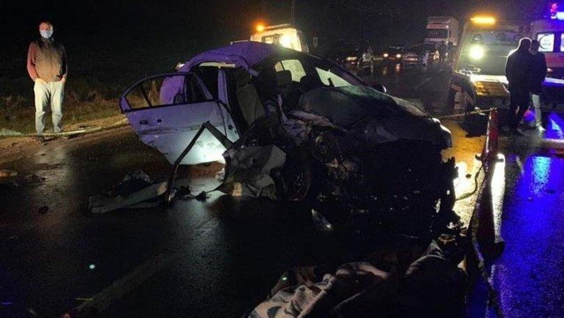 Gaziantep'te otomobil ile hafif ticari araç çarpıştı: Ölü ve yaralılar var
