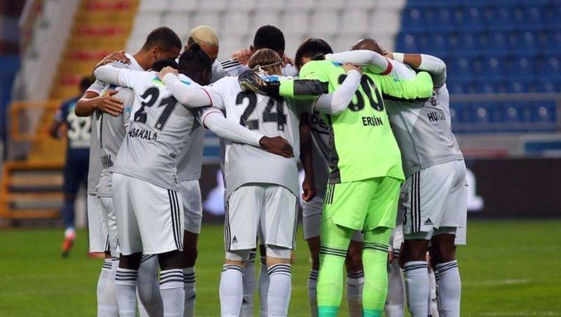 Beşiktaş kaybetmesine rağmen liderliği bırakmadı