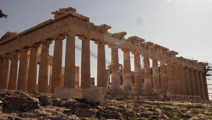 Covid: Yunanistan turistlerin dönüşünü bekliyor