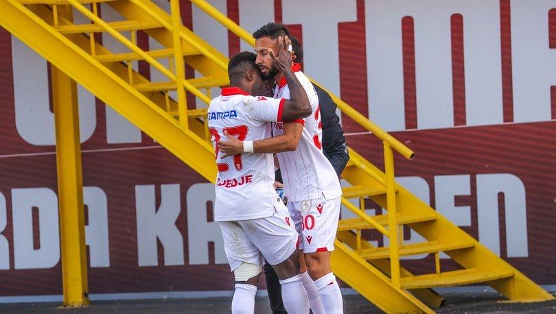 Samsunspor'da 4 hafta sonra alınan galibiyetin sevinci yaşanıyor