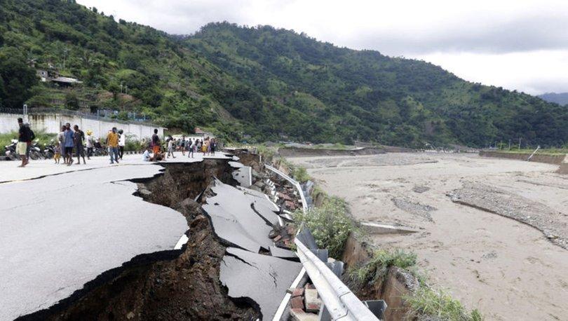 SON DAKİKA: Endonezya ve Doğu Timor'daki sellerde ölü sayısı 155'e yükseldi - Haberler