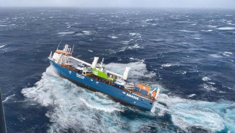 FİLM GİBİ... Son dakika: Deniz ortasında nefes kesen kurtarma! İşte görüntüler