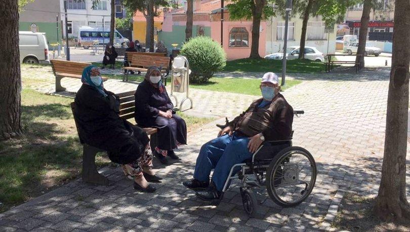 65 yaş üstü sokağa çıkma saatleri kaçta başlıyor, kaçta bitiyor? 65 yaş üstü yasak var mı?