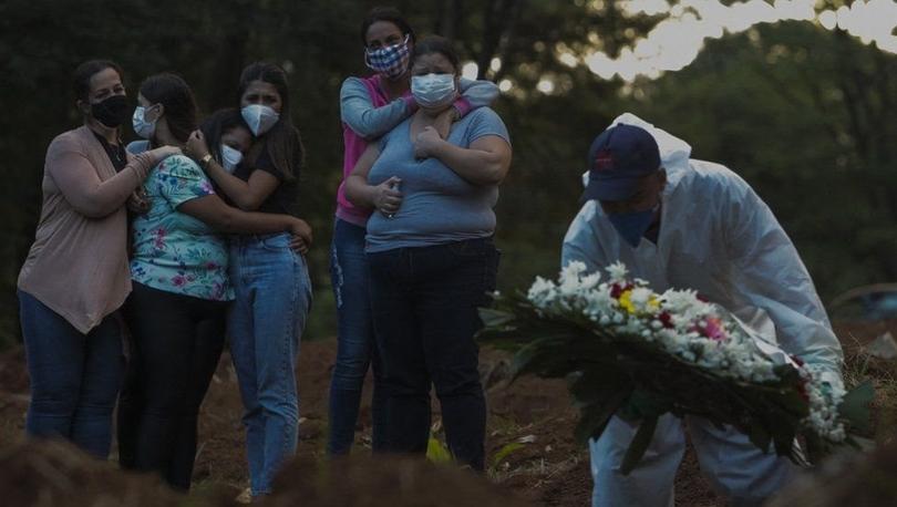 Covid: Brezilya'da salgın nedeniyle bir günde ilk kez 4 binden fazla kişi hayatını kaybetti