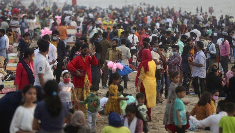 SON DAKİKA: Hindistan'da günlük koronavirüs vaka sayısı salgının başından bu yana en yüksek düzeye ulaştı
