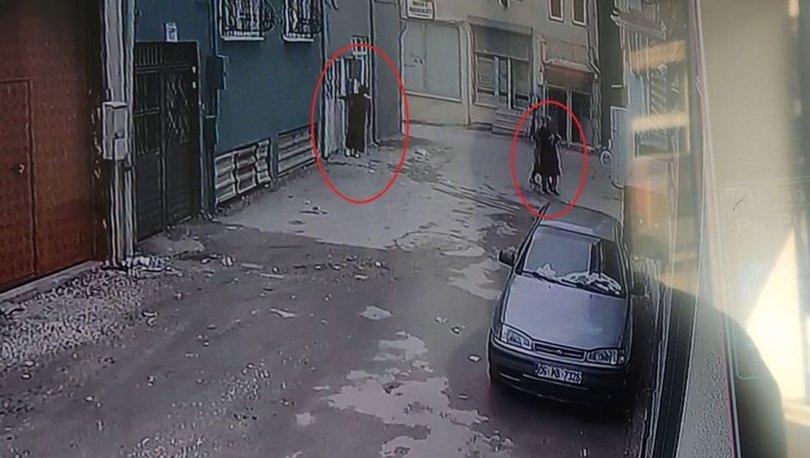 KARTLI SOYGUN! Son dakika: 3 kadın hırsız servet götürdü! Anbean kamerada