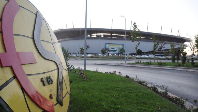 Eskişehirspor Başkanı Akgören ile Başkan Vekili Sezer'in Kovid-19 testi pozitif çıktı