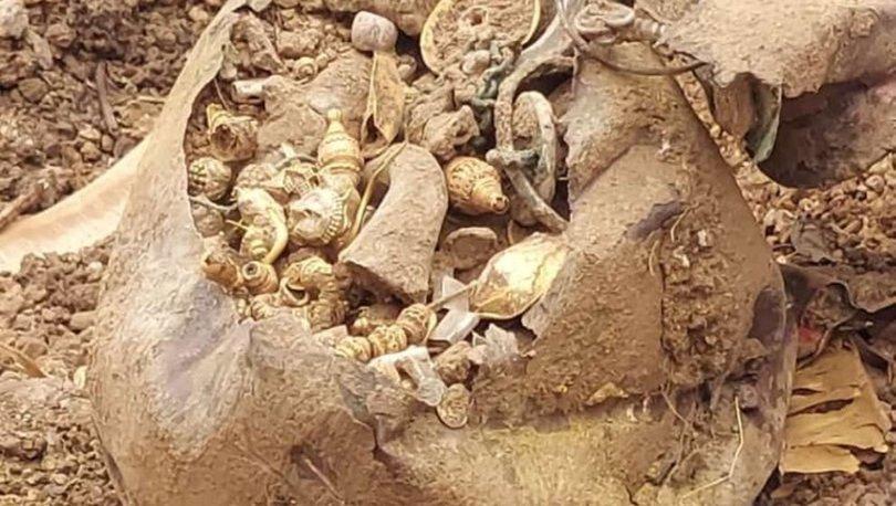 HAZİNE... Son dakika: Ev içinde kazı yapıldı, küpten hazine çıktı
