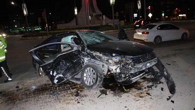 Elazığ'da zincirleme trafik kazasında 5 kişi yaralandı