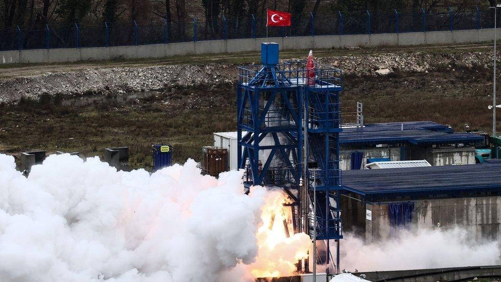 Ay motoru testi geçti