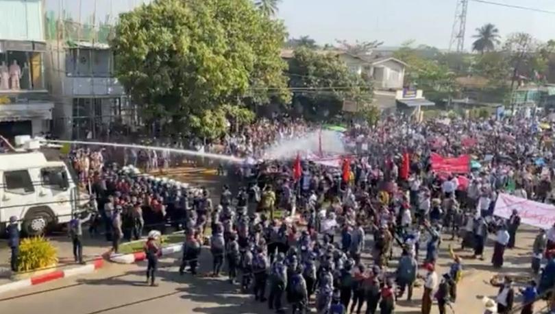 Myanmar'daki darbe karşıtı gösterilerde 'en az 80 kişi hayatını kaybetti'