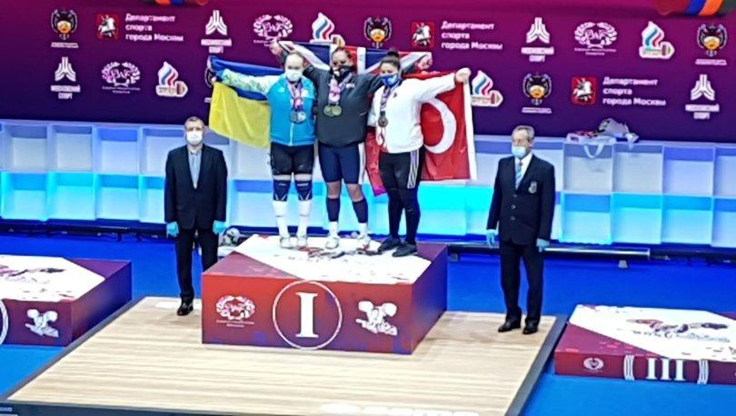 Melike Günal'dan 3 bronz madalya