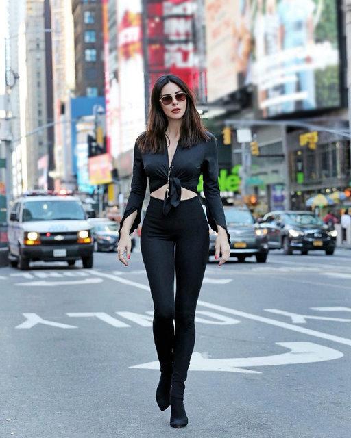 Defne Samyeli'den New York pozları - Magazin haberleri