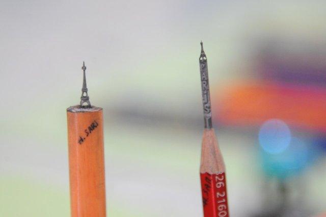 Kalem ucuna dünyayı sığdırıyor