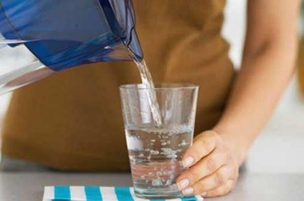 Ezan okunurken su içilir mi?