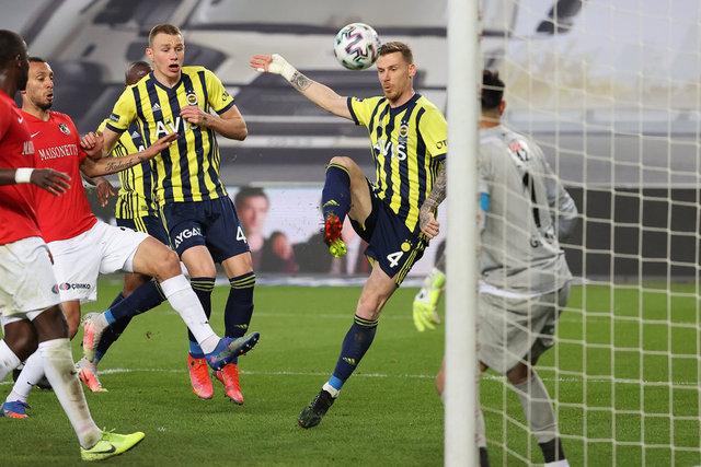 """Fenerbahçe - Gaziantep FK maçı yorumu! """"Beşiktaş'a mesaj!"""" Spor haberleri"""