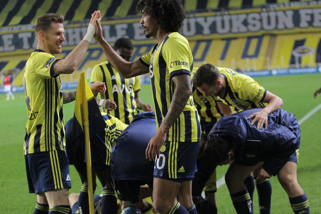 Son dakika haberleri - Fenerbahçe - Gaziantep maçına damga vuran pozisyonlar: Altay, Serdar Aziz...