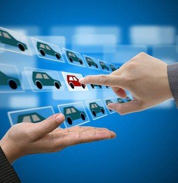 İkinci el online binek ve hafif ticari araç pazarında satışlar, martta ayında şubat ayına göre yüzde 48 artarken, araç fiyatları bu dönemde ortalama yüzde 0,4 yükseldi.