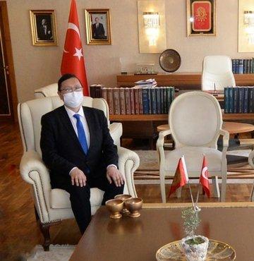 Kültür ve Turizm Bakanı Mehmet Nuri Ersoy, Kırgızistan Kültür, Enformasyon, Gençlik ve Spor Bakanı Kairat İmanaliev ile bir araya geldi
