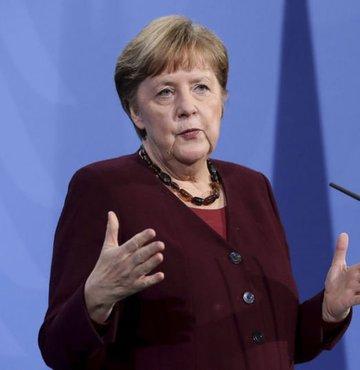 Almanya Başbakanı Angela Merkel, Bakanlar Kurulu
