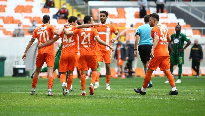 Adanaspor: 3 - Akhisarspor: 1 MAÇ SONUCU