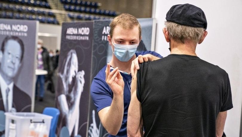 Covid aşısı: Danimarka, Astra Zeneca aşısının kullanımını durduran ilk ülke oldu