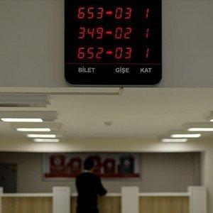 Bankaya gidecekler bu saatlere dikkat: Yine değişti!