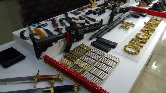 Sedat Peker operasyonunda ele geçirilen silahlar sergilendi - Haberler