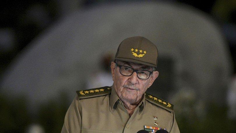 Raúl Modesto Castro Küba Komünist Parti Genel Sekreterliği görevini bıraktı - Haberler