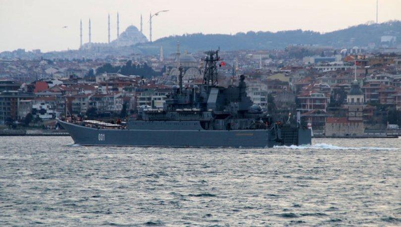 SAVAŞ GERİLİMİ! Son dakika: Rus savaş gemileri İstanbul Boğazı'ndan geçti