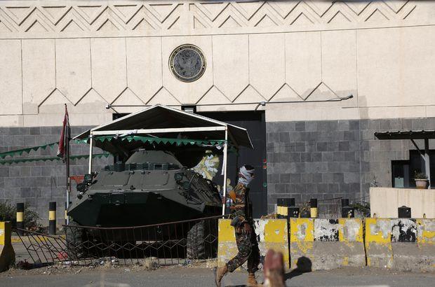 Husiler Suudi Arabistan'ın Kral Halid Hava Üssü'ne saldırdı