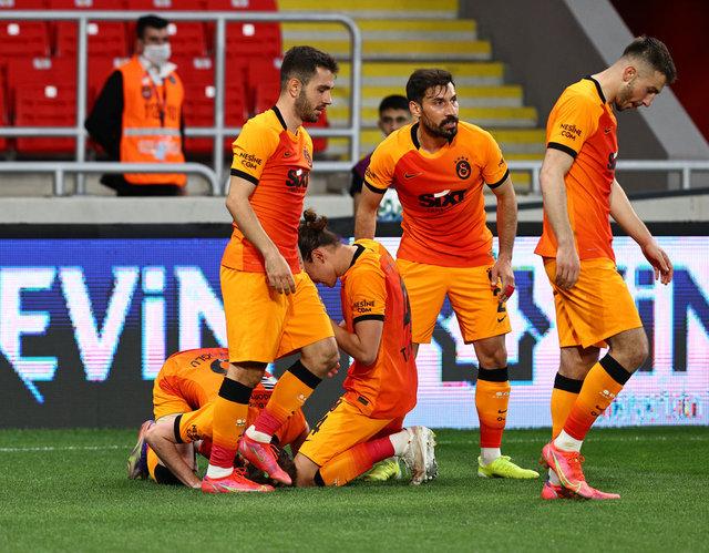 YORUMLAR  Göztepe - Galatasaray maçının yazar yorumları! Kerem Aktürkoğlu için ne dediler? - SPOR haberleri