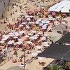 Maske zorunluluğu kalktı: Halk plajlara akın etti!