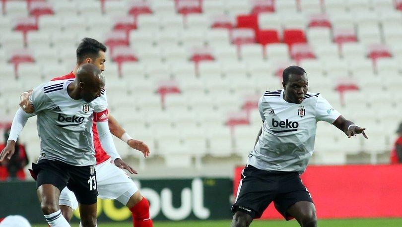 Beşiktaş'ta Aboubakar şoku! Yeniden sakatlandı!