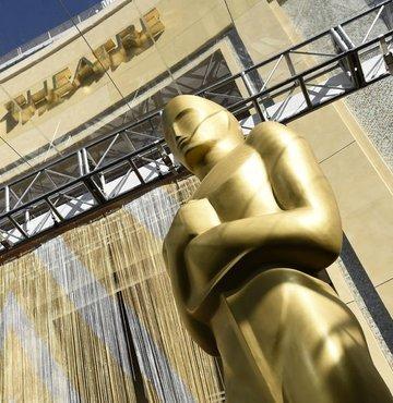 """93. Oscar Ödülleri'nde kazanan filmler belli oldu. Sinemaseverler ödül alan filmleri izlemek için araştırmalara başlarken, bu ilgiyi online dolandırıcılık için kullanmak isteyenler de harekete geçti. """"En İyi Film"""" için hazırlanan filmleri taklit eden 80 farklı dosya tespit eden siber güvenlik uzmanları, uyardı: """"Oscar'lı film izleyeceğim diye, kimlik bilgilerinizden olmayın!"""""""