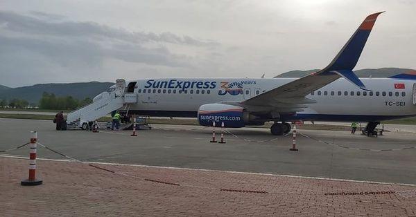 Zonguldak Havaalanı'nın ilk yolcu uçağı uçtu