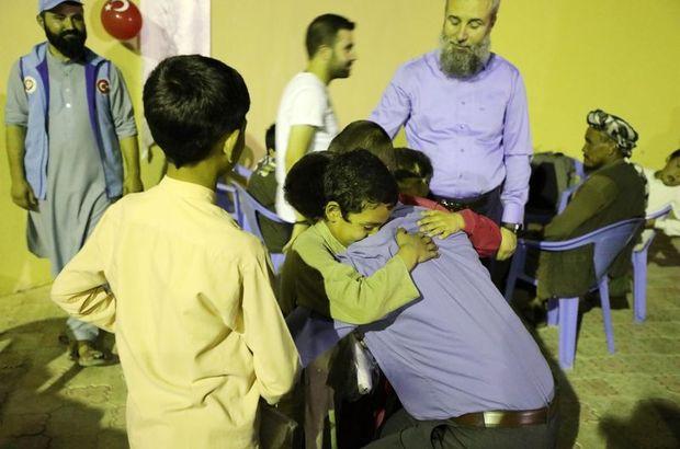 TDV'den Afganistan'da yetimlere iftar