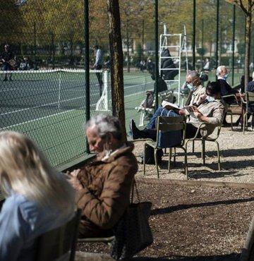 Fransa'da kademeli normalleşme başlıyor