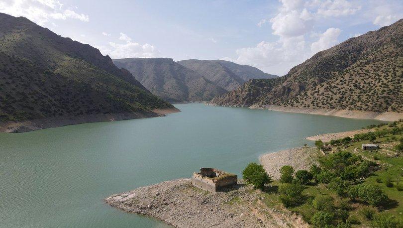Baraj suları çekilince tamamen gün yüzüne çıktı - Haberler