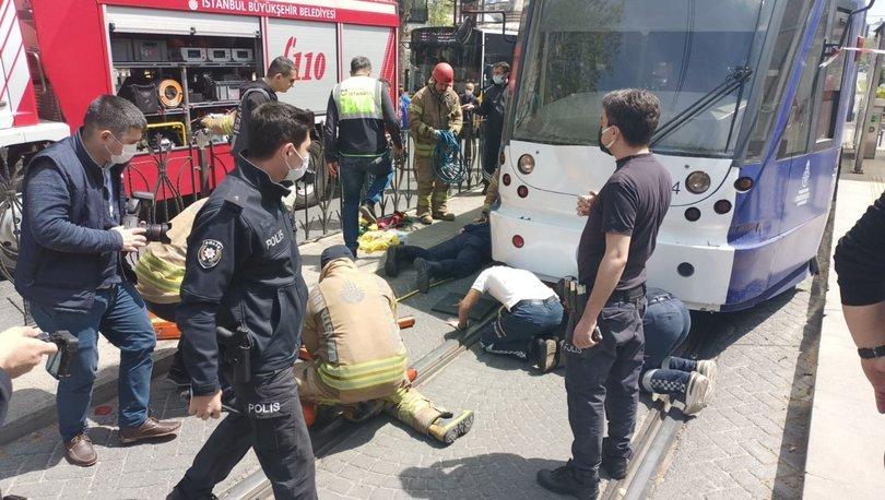 Tramvay durağında intihar girişimi