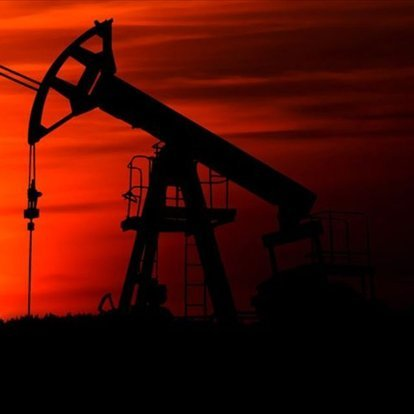 ABD ham petrol stokları 7.7 milyon varil düştü