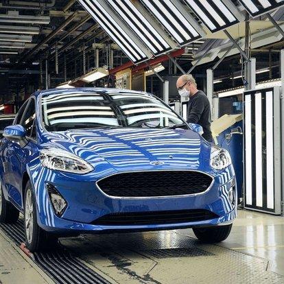 Ford Almanya'daki tesislerinde üretime ara verdi