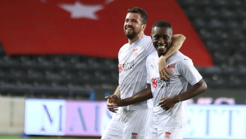 Sivasspor, Gradel ile masaya oturacak