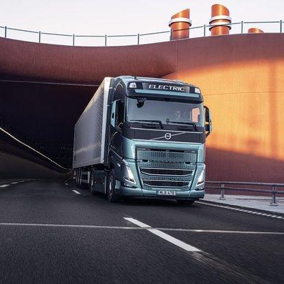 Volvo Trucks'ın elektrikli kamyonları yollara çıkıyor