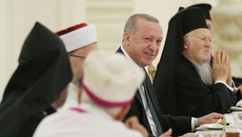 Azınlık cemaat temsilcileriyle iftar