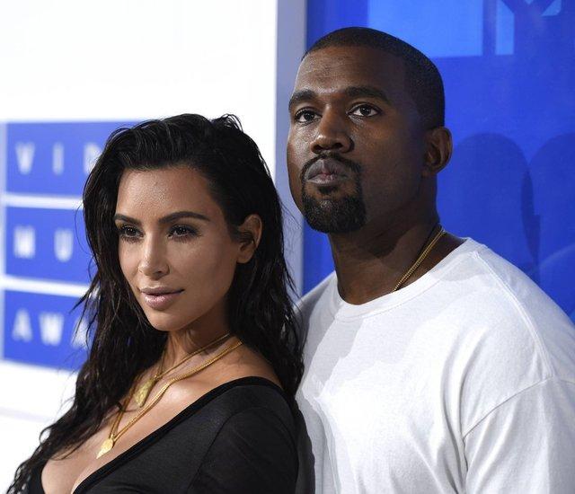 Kim Kardashian'a büyük şok! Tarihi eser kaçakçılığı ile suçlanıyor - Magazin haberleri