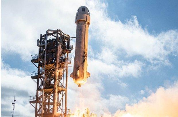 SpaceX'in Starship'i ilk defa patlamadan indi!